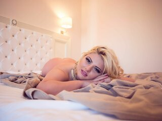 Jasmine LeonaLee